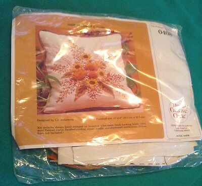 Creative Circle Crewel Embroidery Kit 0408 Shades Of Autumn 1982 Vintage Stitch
