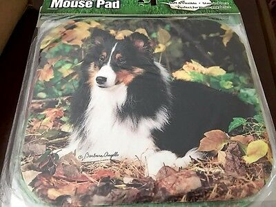 Beautiful Tri-Color Sheltie in Leaves Mousepad
