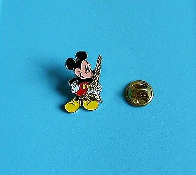 Walt Disney mickey mouse paris stud pin badge charity