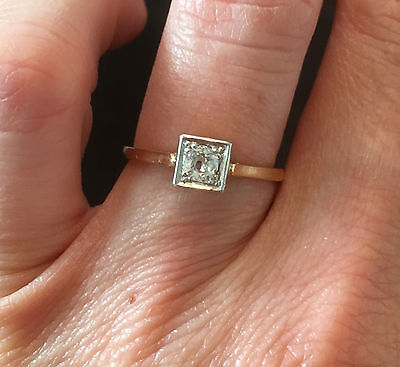 30s Art Deco 18ct Gold & Platinum Diamond Solitaire Ring
