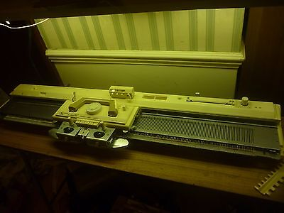 Brother Kh836 Knitting Machine, Knitleader, Intarsia Carriage