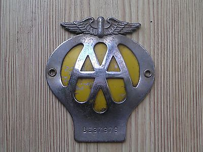 A VINTAGE AA CAR GRILL BADGE SERIAL No 8E97979: 1960s: 11cms TALL: VGC FOR AGE