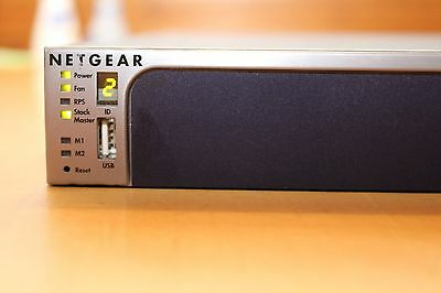 Netgear GSM7228S wie M5300 28-Port Gigabit Switch Layer 3 10GB SFP+