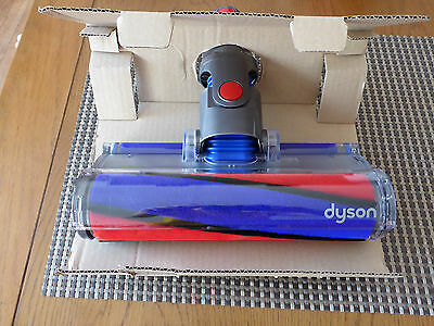 BRAND NEW BOXED DYSON V8 SOFT ROLLER FLUFFY HEAD - Absolute / Animal Cordless.