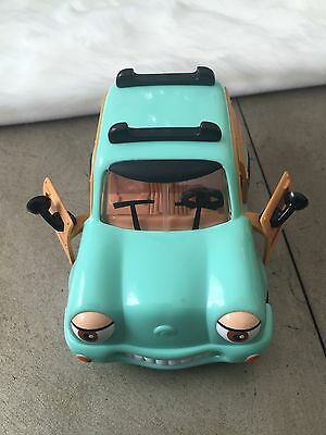 Chevron Cars #16 WOODY WAGON Station Collectible 1999 ***MISSING SURF BOARD***