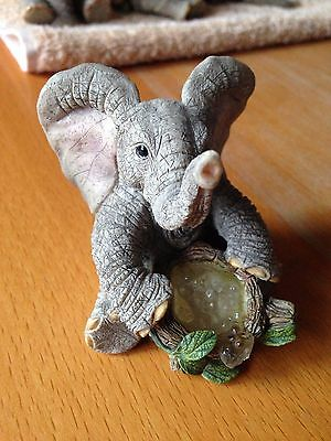 Country Artists Tuskers Elephant 90801 Bubbles