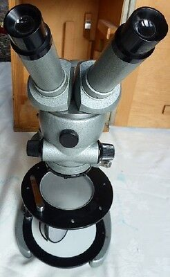 ZEISS (West Germany) Stereo Zoom Microscope Infinitely Variable Zoom 4x to 100x