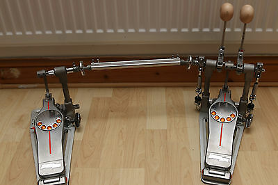 -=Pearl Eliminator Demon Drive Double Bass Pedal w/Vic Firth Wooden Beaters=-