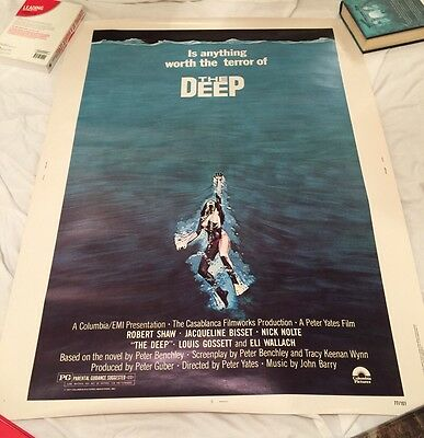 "THE DEEP undisplayed original rolled 30""x 40"" US Poster JACQUELINE BISSET JAWS"