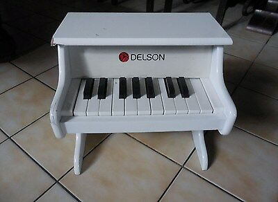 Piano (Jouet) Delson