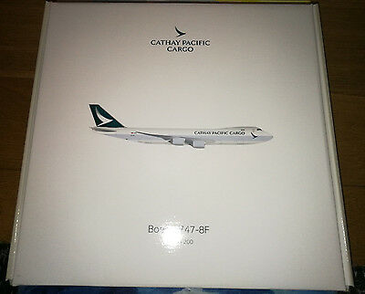 Cathay Pacific Cargo Boeing 747-8F new livery Hogan wings model 1/200