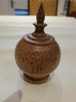 Vintage treen lidded pot unusual wood grain