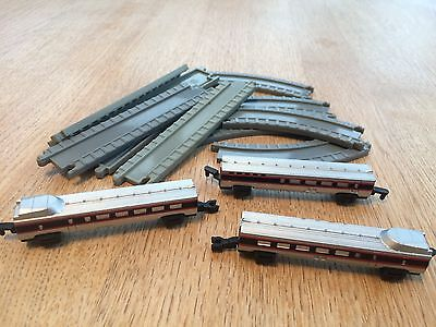 Vintage Micro Machines Trains - Spare track and three carriages.