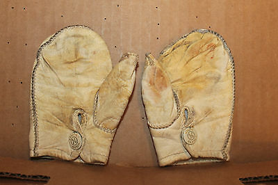 PR Early 1900's Antique Child's Ivory Leather Mittens Nolan Gloves snap at Wrist