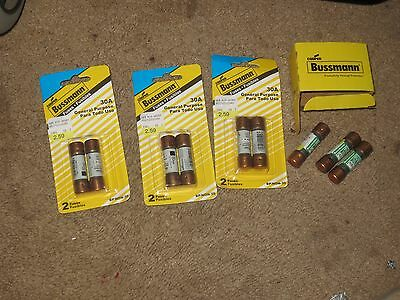Lot Of 9 30 Amp Fuses New