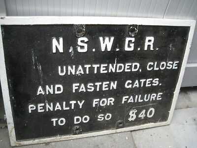 Railway Cast Iron Nswgr Unattended Close And Fasten Gates Penalty For Failure To