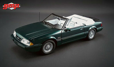 1:18 GMP #18815 1990 Ford Mustang LX Convertible - 7 UP Edition (Emerald Green)