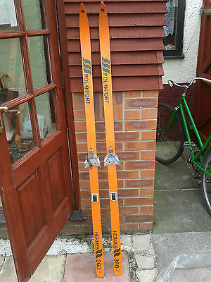 orange colour Polsport cross country skis