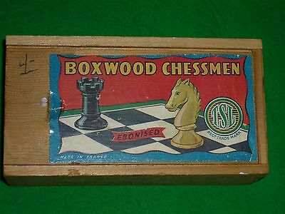 Boxwood Chess Set made in France