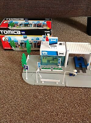 Tomy Tomica Hypercity Mechanics Workshop 85308