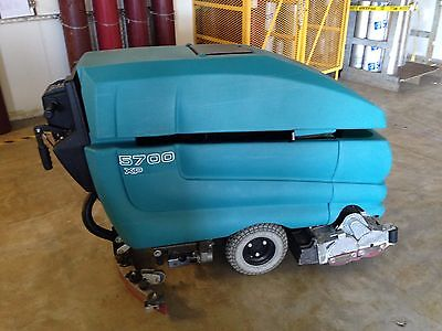 "Tennant 5700 XP Cylindrical 28"" Floor Scrubber"