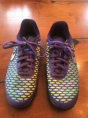 Nike Jr Magista Ola Kids Soccer Shoes/ Indoor  Cleats Size 4