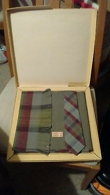 mens Wine/Green reversible All Wool scarf & tie set