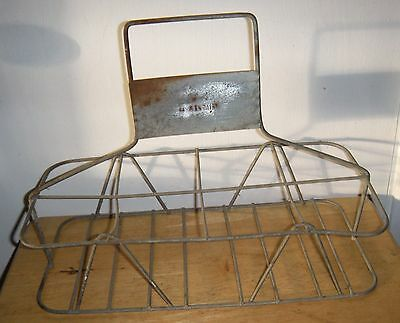 Fantastic Rare Vintage Norwalk Dairy 8 Bottle Heavy Metal Wire Carrier