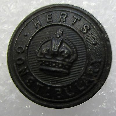 Obsolete Button - Herts Constabulary KC Black Large