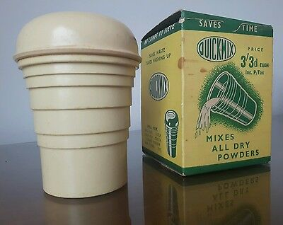 VINTAGE WITH BOX 1950s Deco Bakelite Phenol Quickmix Mixer Shaker Beaker Yellow