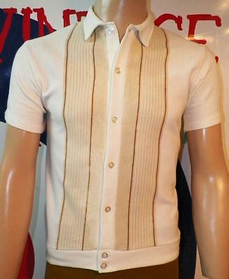 MEDIUM.- AWESOME SEARS SIXTIES VINTAGE (Chest 40/Lenght 24)