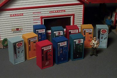 20 Old Style Soda Pop Vending Machines Candy Chips HO Scale 1/87