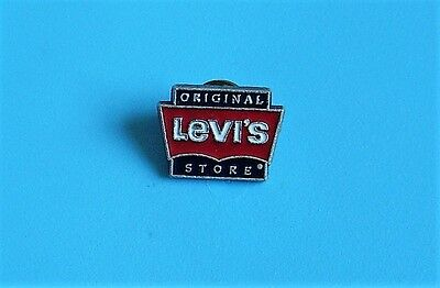 Levi's stud pin badge charity