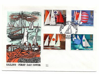 GB 1975 Sailing on the Benham Woodfree cover with a R. Dorset Y. Club cancel