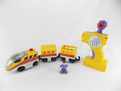 Fisher Price GeoTrax Grand Central Station L3133 Yellow And Red Train Engine Guy