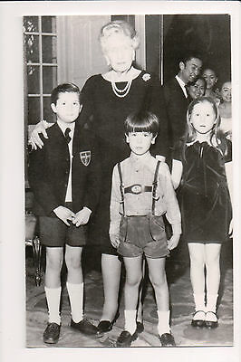Photo Card Queen Ena of Spain & Grandchildren