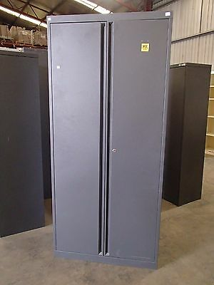Full Height Planex Storage Cabinet Metal W/Adjustable Shelving 32620/193/192