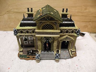 Lemax Spooky Town Rest In Pieces Mausoleum Animated And Lights Up