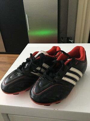JUNIOR BOYS MODERN ADIDAS 11 Pro FoOTBALL BOOTS SIZE UK 13 BLACK Red And White