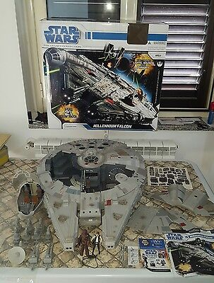 Star Wars Millennium Falcon Legacy Collection Hasbro 100% complet vehicle