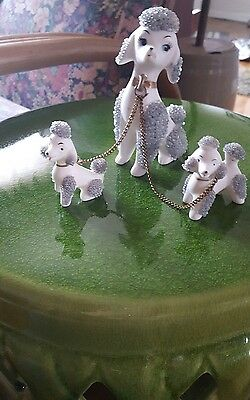Vintage Lefton Spaghetti Poodle Figurine White Mom Pups on Chain Gold Collars