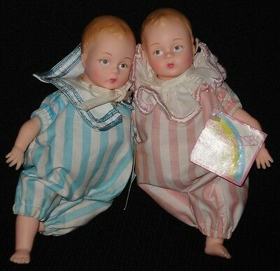 "Mint! 7"" Madame Alexander BABY KISSES Doll Pair"