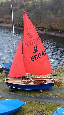 Mirror Dinghy with Road Trailer