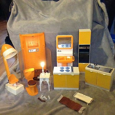 Sindy Doll 1980s 70s Pedigree vintage house furniture oven Cooker Hairdressers