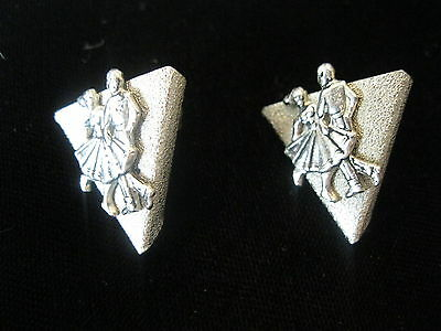 2 Shirt Vintage Metallic Metal Pointed Collar Clips Wing Tips Square Dancers