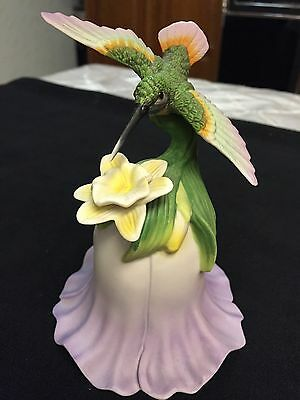 HUMMINGBIRD with FLOWER PORCELAIN BELL!! BEAUTIFUL COLLECTABLE 2000 AVON!!!!