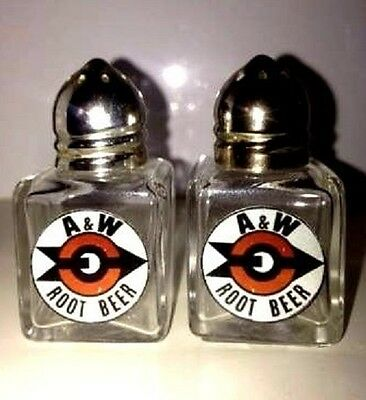 A&W Root Beer Soda Pop Bear Collectors Glass Salt and Pepper Shakers