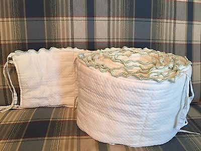 Pottery Barn Crib Bumper White Green Neutral Boy Girl Quilted