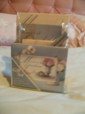 Stationery Gift Set ( New )