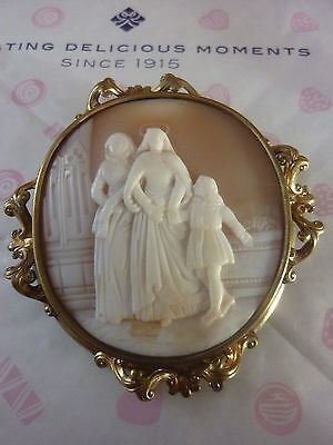 Finely Carved  Cameo Brooch